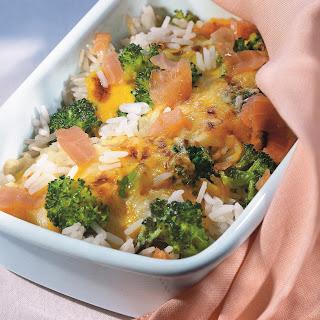 Bunter Reisauflauf mit Broccoli und Schinken