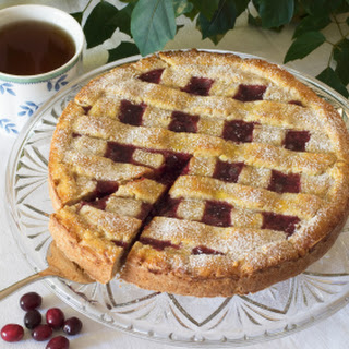 Traditional Authentic German Austrian Linzer Cake Recipe