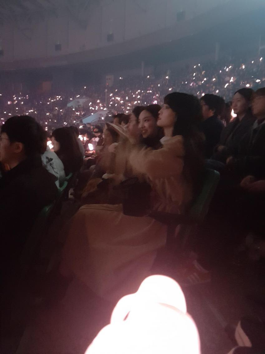 blackpink twice concert