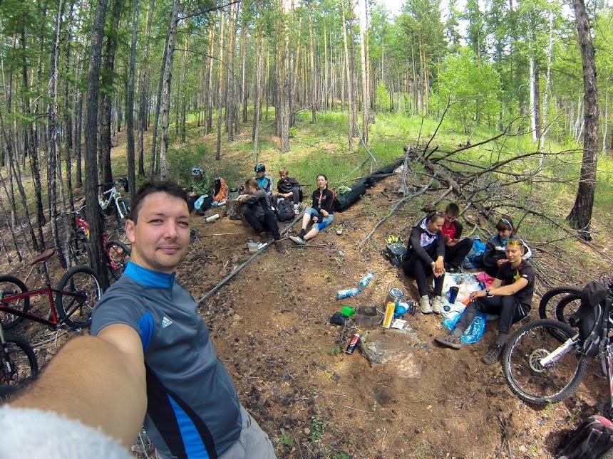 На велосипедах доехали до слюдяных штольней недалеко от Читы, Забайкальский край