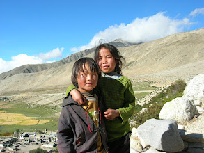 Photo: Tibetan kids