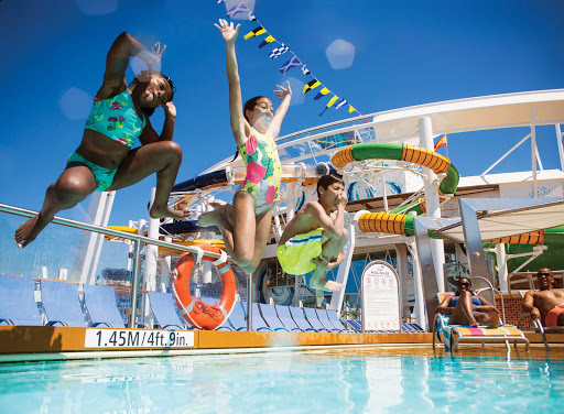 Harmony-of-the-Seas-pools.jpg - Cool off in one of the three big sun-splashed pools on Harmony of the Seas.
