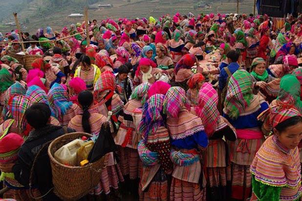 Le marché ethnique de Can Cau
