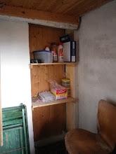 "Photo: Rengøringsartikler - bagerst i ""gamle Kildehus"""