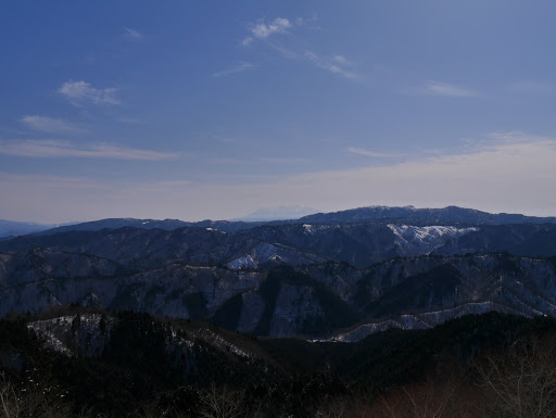 左から位山・御嶽山・川上岳など