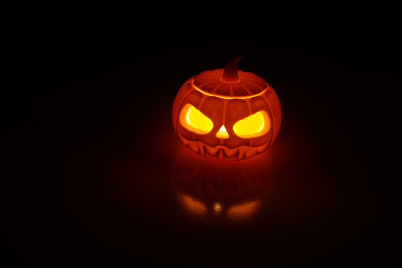 Orange Halloween di Lobo77
