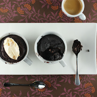 Quick Gooey Chocolate Cakes in a Cup.