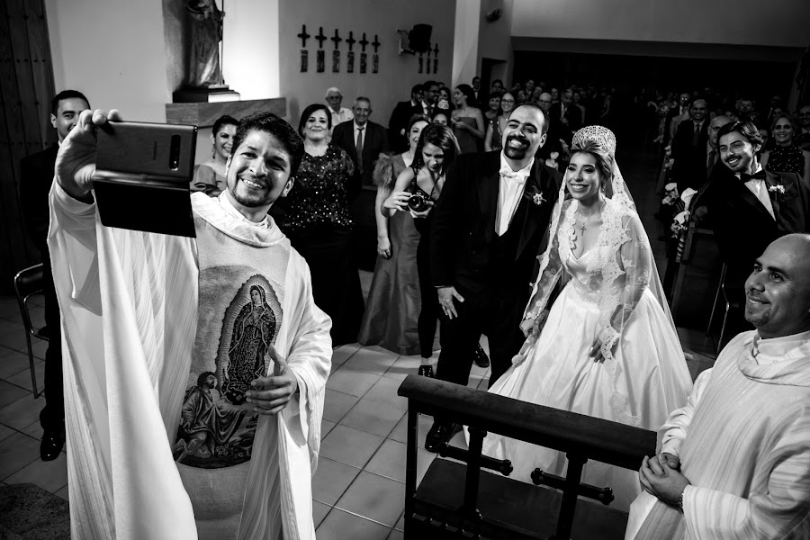 Wedding photographer Leonel Longa (leonellonga). Photo of 04.02.2020