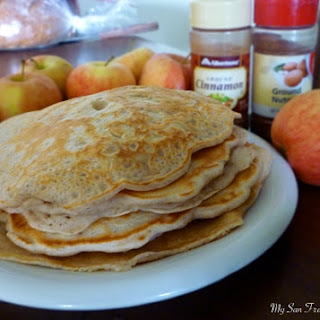 Cinnamon Apple Pancakes