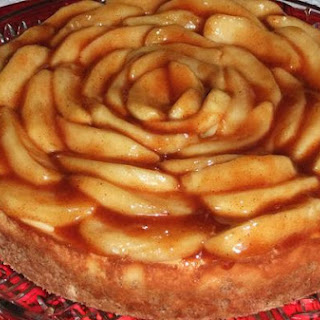 Cinnamon Apple Cheesecake
