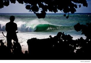 Photo: Pipeline, Hawaii. Photo: Lowe-White #surferphotos