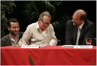 Photo: Rino Battisti e Lorenzo Dellai sul palco del Sociale
