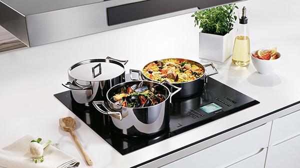 Mua bếp từ 3 vùng nấu Bosch ở đâu tại Hà Nội?