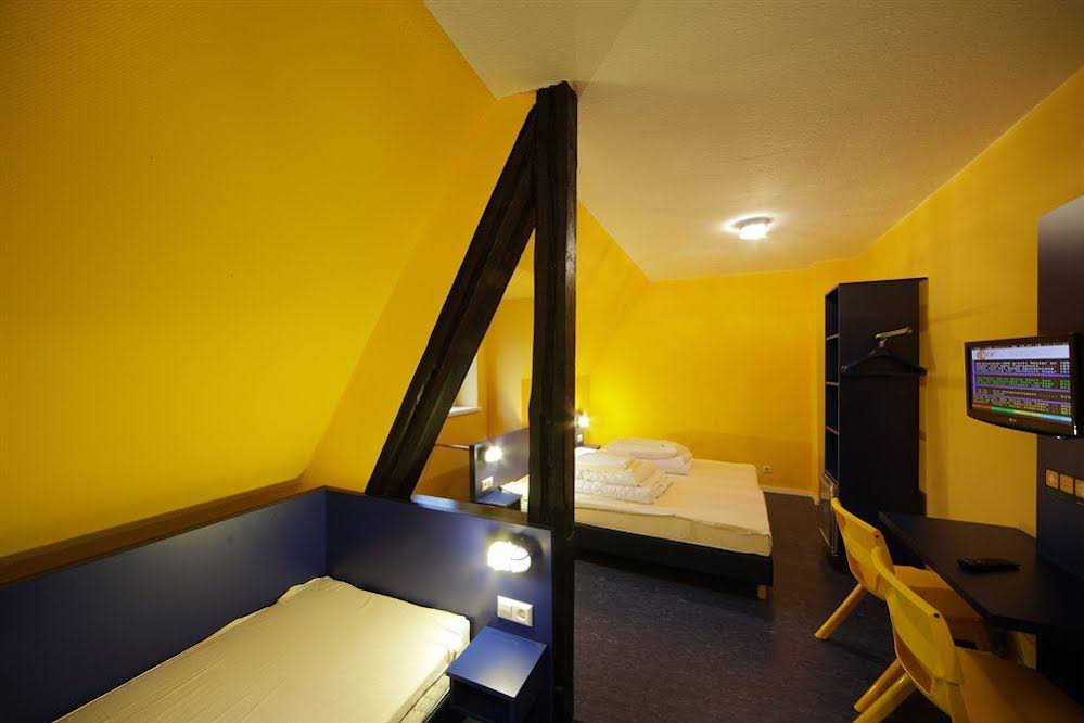 Bed'nBudget Hostel Dorms Hannover
