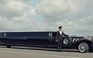 Excalibur Super Stretch Limousine Rent Auckland