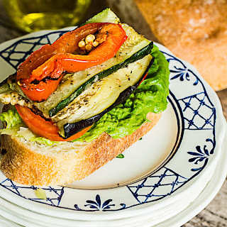 Roasted Vegetable Sandwich with Hummus .