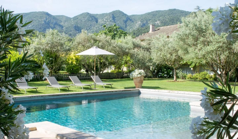 Villa avec piscine et jardin Oppède