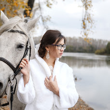 Wedding photographer Pavel Glukhov (id235970011). Photo of 14.12.2017