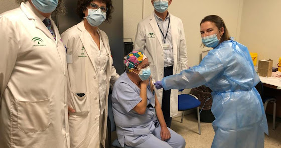 Ya son más de 200 los almerienses parcialmente inmunizados ante el coronavirus
