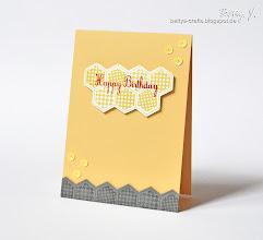 Photo: http://bettys-crafts.blogspot.com/2013/08/happy-birthday-die-dreizehnte.html