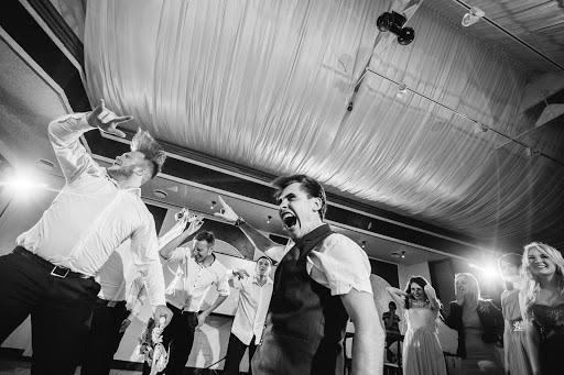 Свадебный фотограф Артём Лазарев (Lazarev). Фотография от 28.05.2017