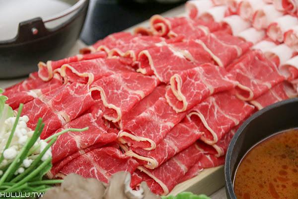 「一緒に楽精緻日式涮涮鍋」100盅司超大肉盤涮涮鍋!滿載大船撥殼蝦痛快大口吃!!!|台南火鍋推薦|聚餐|
