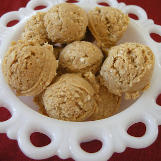 Creamy Peanut Butter Balls Without Chocolate Recipes.