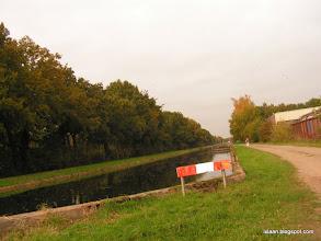 Photo: even de traditionele fotoserie van de laatste kilometers. Danyell loopt verderop.