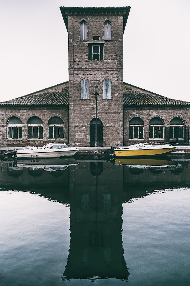 Magazzini del sale  -Cervia- di Alessandro Alessandri