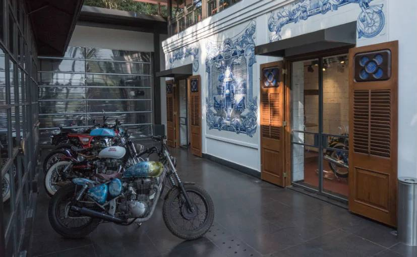 Royal_Enfield_Garage_Cafe-Goa-image