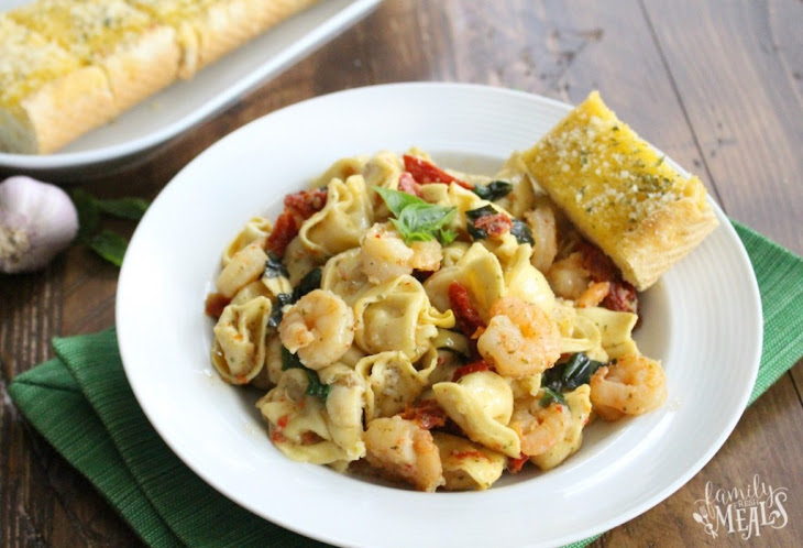 One Pot Garlic Shrimp Tortellini Recipe