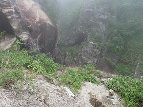 左に白河滝、ここは下に降りる