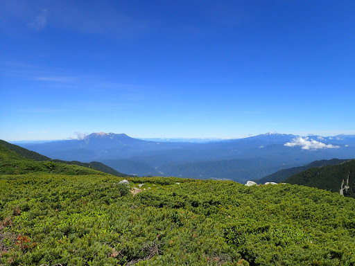 木曽御嶽山と乗鞍岳