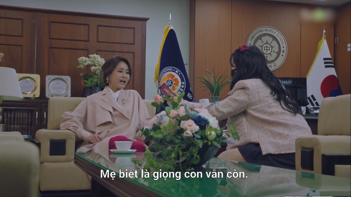 4 kiểu phụ huynh tánh kỳ ở Penthouse: Trừ bà cả Lee Ji Ah, ai cũng đổ đốn bảo sao con không hư sớm - Ảnh 19.