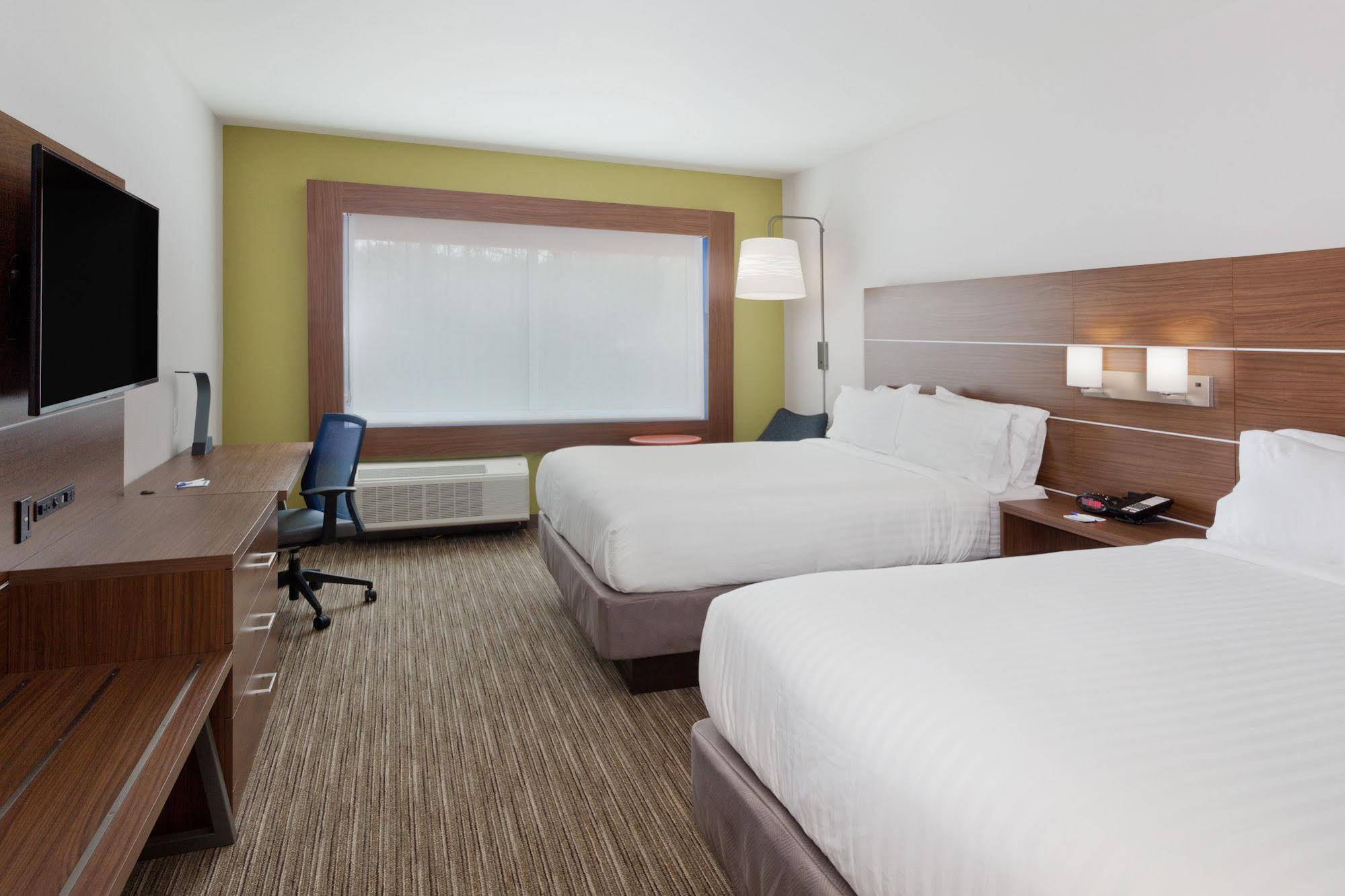 Holiday Inn Express and Suites Cartersville