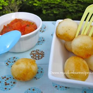 Boliarepitas (Colombian Cheese-Arepa Balls).
