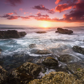 A Special Treat by Jason Asher - Landscapes Waterscapes ( water, dawn, waterscape, currumbin, beautiful, sea, sunrise, seascape, flat rock, rocks )