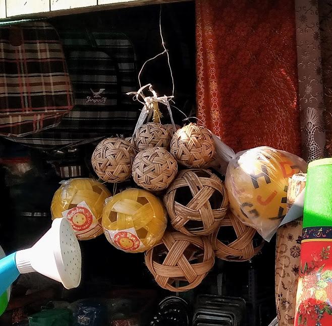 竹製のボール