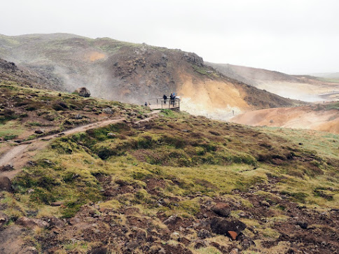 geothermal pools in hafnarfjörður