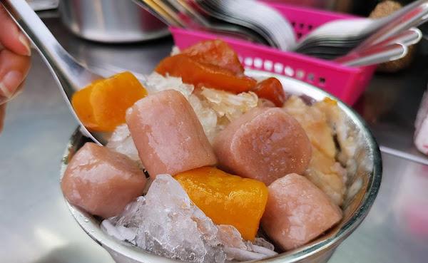 巨無霸芋圓刀削冰,這樣吃才滿足~