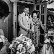 Wedding photographer Daniel Sandulean (sandulean). Photo of 13.12.2017