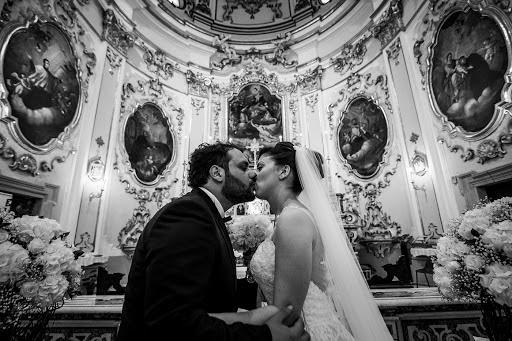 Wedding photographer Leonardo Scarriglia (leonardoscarrig). Photo of 12.04.2018