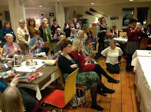 Photo: På lördagkväll var det dags att dra igång Knit Battle - 5 kvalomgångar med 8-10 personer i varje...