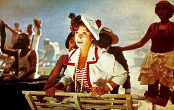 Photo: Amarcord 1973 Real : Federico Fellini Magali NoÎl COLLECTION CHRISTOPHEL