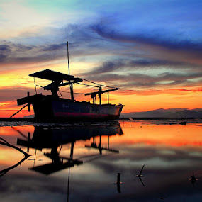 Parkir by Marcell Boli - Transportation Boats
