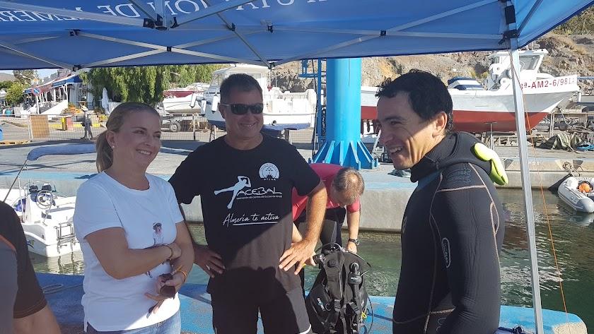 'Aventura Submarina Costa de Almería' difunde la provincia como paraíso para la práctica del buceo.