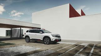 El Nuevo SUV Citroën C5 Aircross ya está disponible para realizar pedidos.