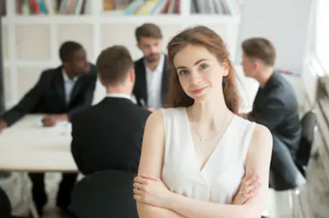 How to use body language when negotiating contracts. Source: ShutterStock