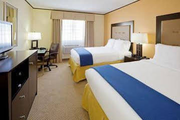 Holiday Inn Express and Suites AbseconAtlantic City