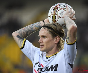 Officiel !  Au contraire de Lokeren, Ari Skulason restera en Jupiler Pro League